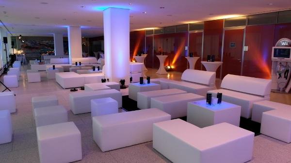 white-lounge-exklusiv